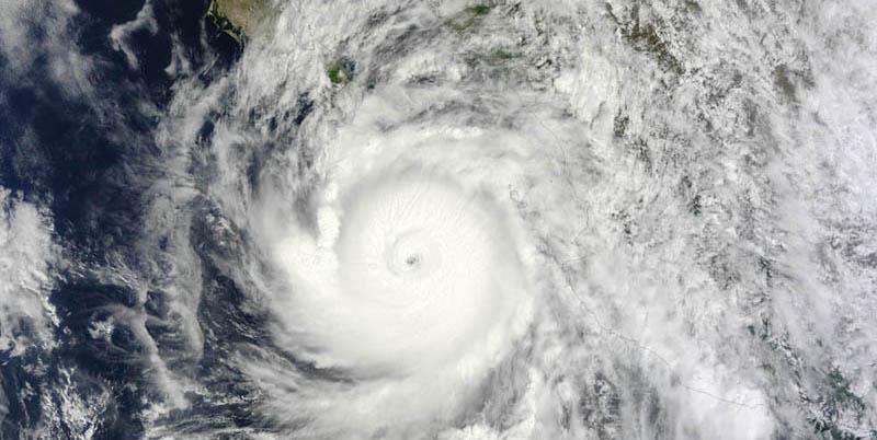 Hurricane Odile slams Baja