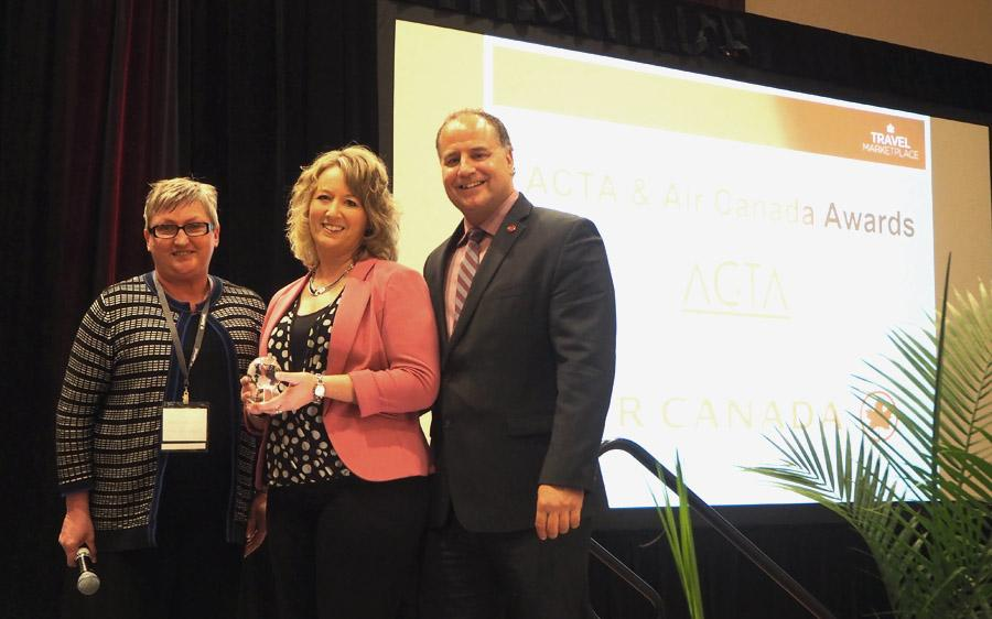 ACTA & AC honour award winners at Travel MarketPlace