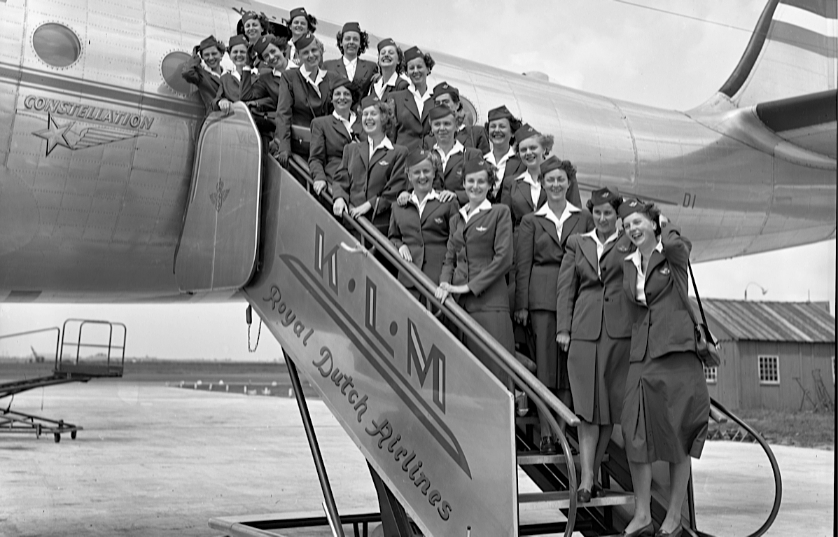 THROWBACK. KLM cabin attendants gather for a group photo in 1950. Photo courtesy of KLM.