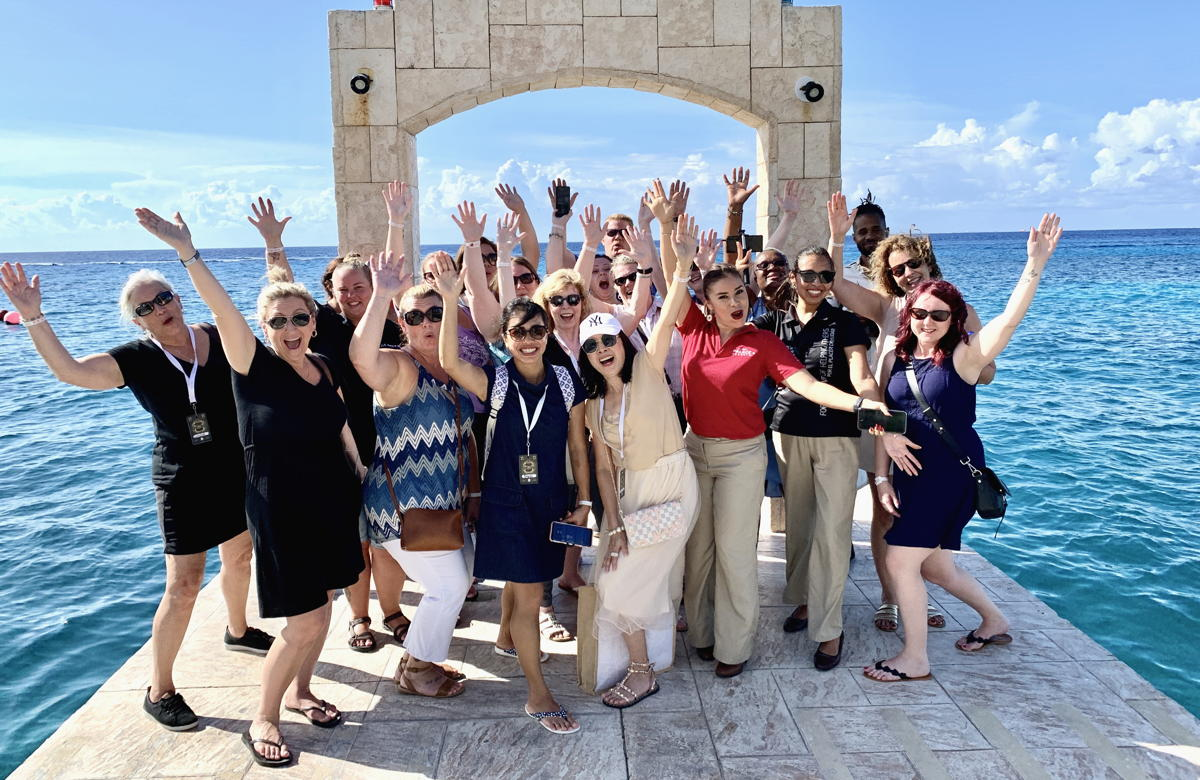 PICTURE PERFECT. Travel agents toured Cozumel Palace in Cozumel as part of Megafam 2019.