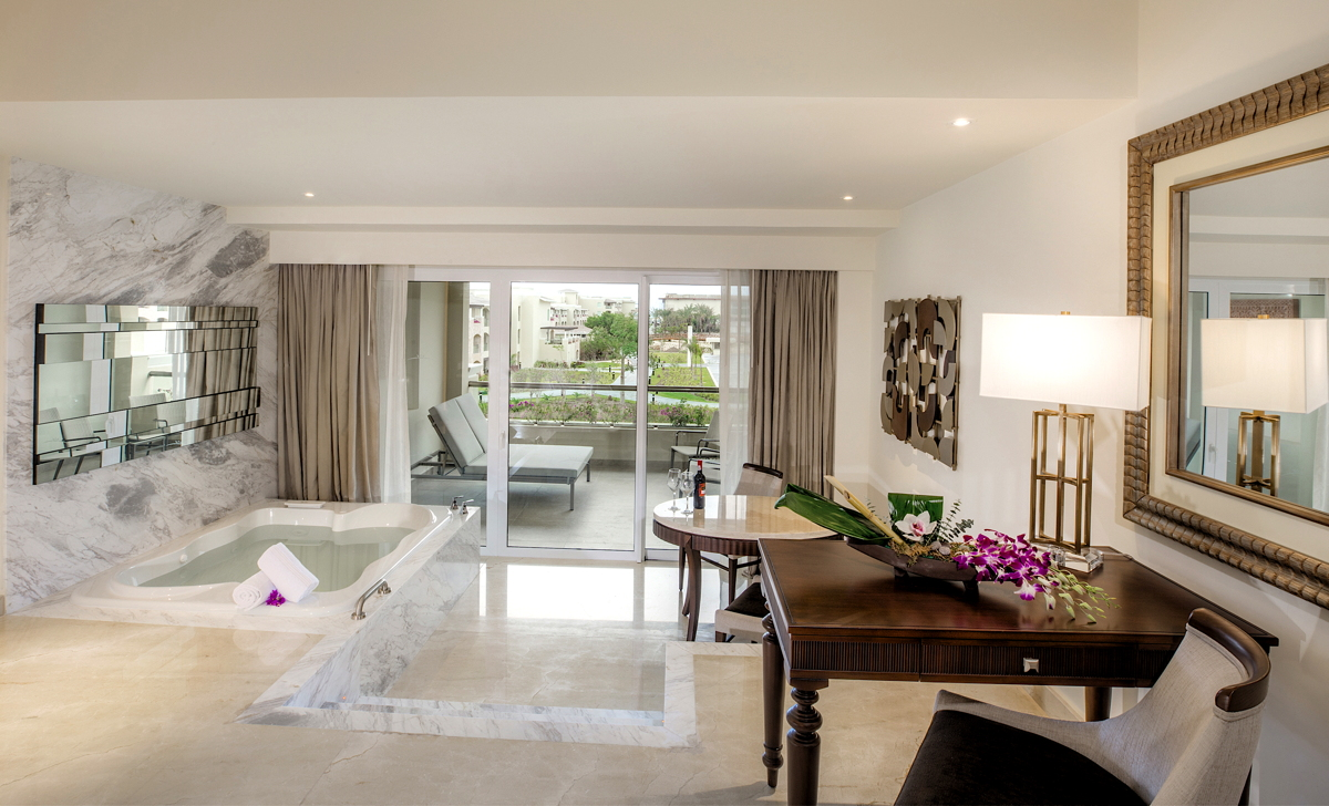 WHIRLPOOLS IN ALL ROOMS. Inside the Family Deluxe suite at The Grand at Moon Palace. Photo: Palace Resorts