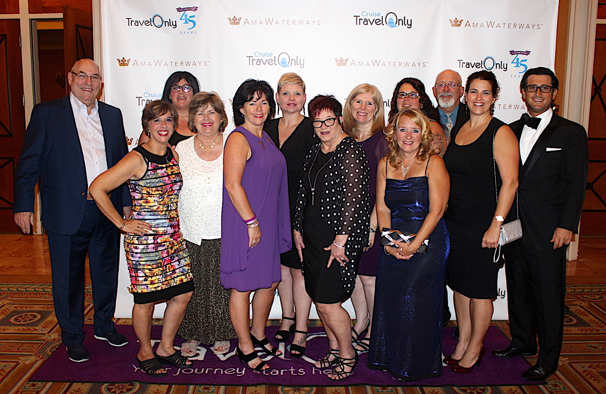TEAMWORK. TravelOnly advisors gather at Caesars Palace in Las Vegas for TravelOnly's 45th anniversary.