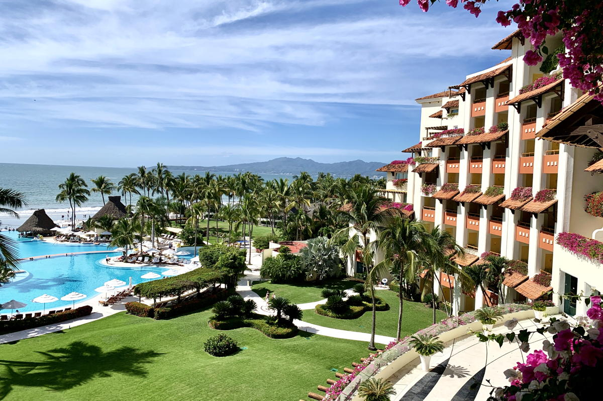 Grand Velas Riveria Nayarit.