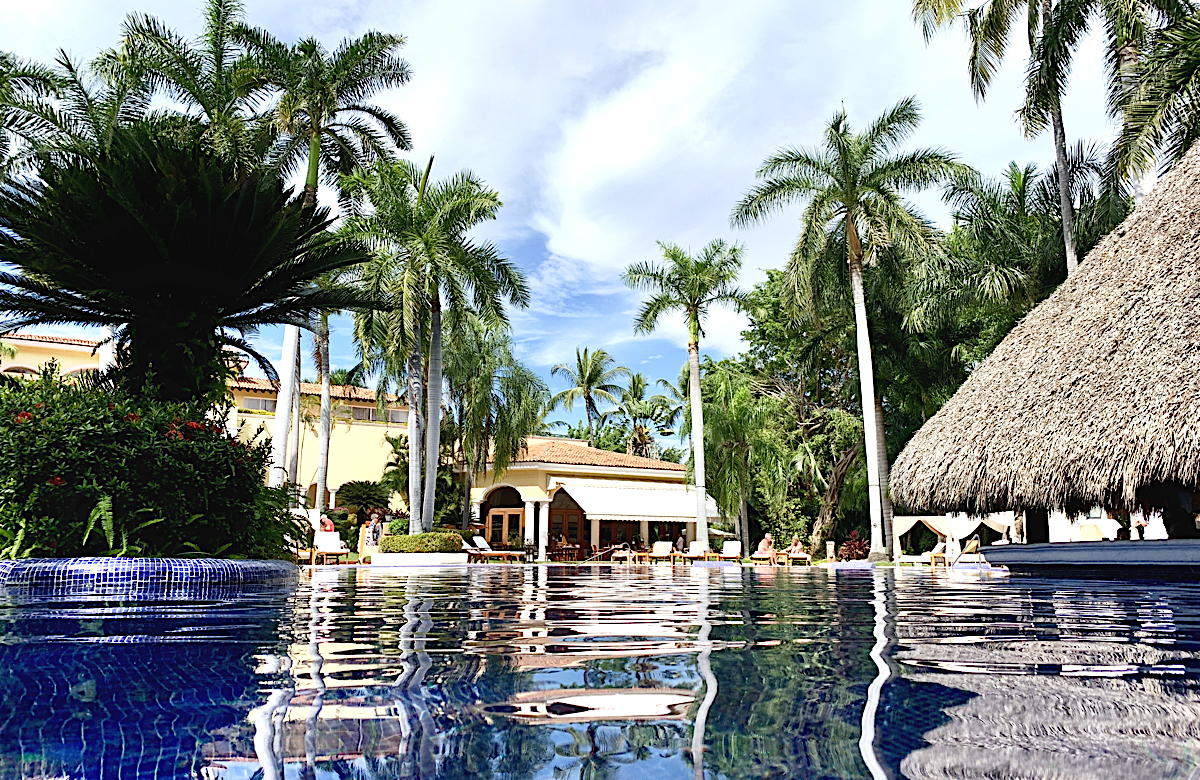 Geared towards guests aged 18 and up, Casa Velas is an 80-suite, Four Diamond-rated sanctuary.