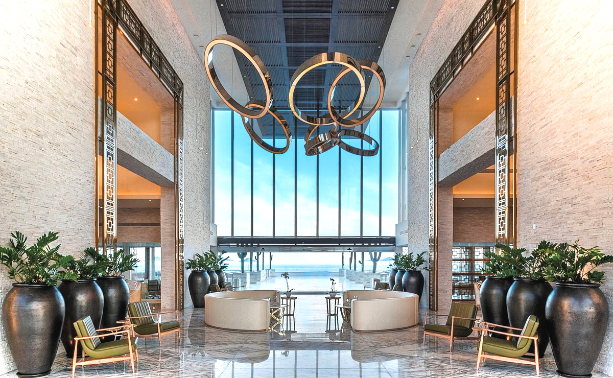 PIECE OF HEAVEN. The lobby area at Le Blanc Spa and Resort in Los Cabos, Mexico. Photo: Palace Resorts