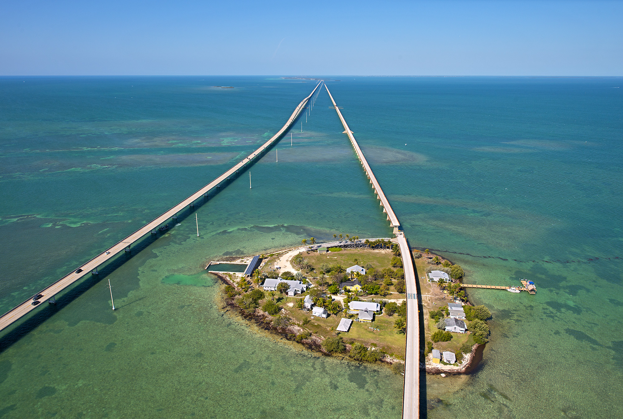 Seven Mile Bridge: the new on the left and the original on the right
