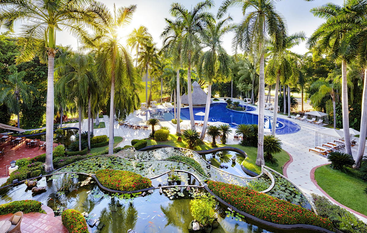 Casa Velas is a boutique, adults-only, golf-oriented oasis in PV's upscale Marina Vallarta neighbourhood. (Velas Resorts)