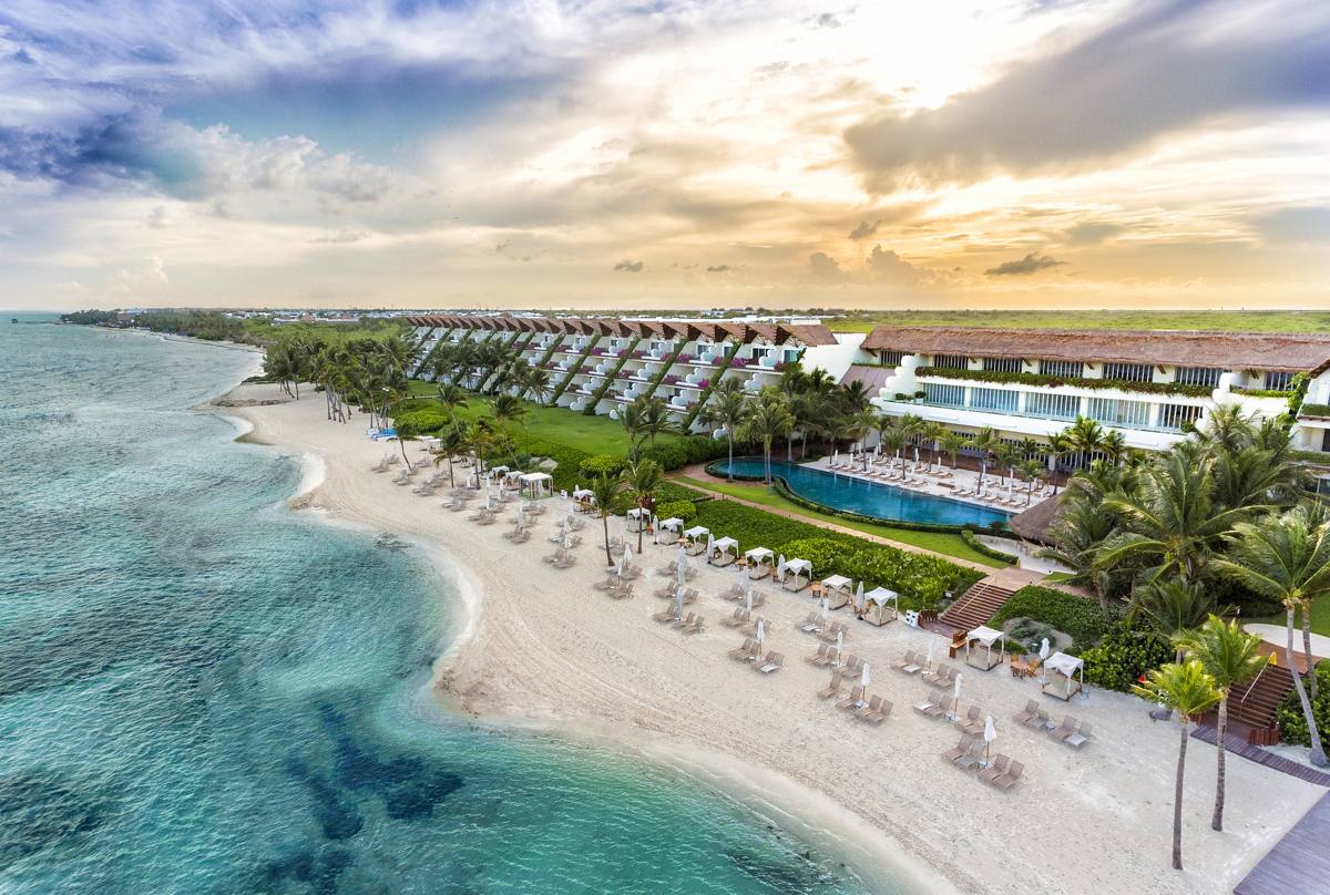 OCEANFRONT LUXURY. Grand Velas Riviera Maya Grand Class. Photo courtesy of Velas Resorts.