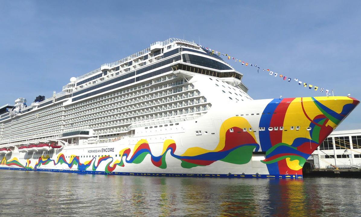 1.Norwegian Encore docked at the Manhattan Cruise Ship Terminal in New York City.