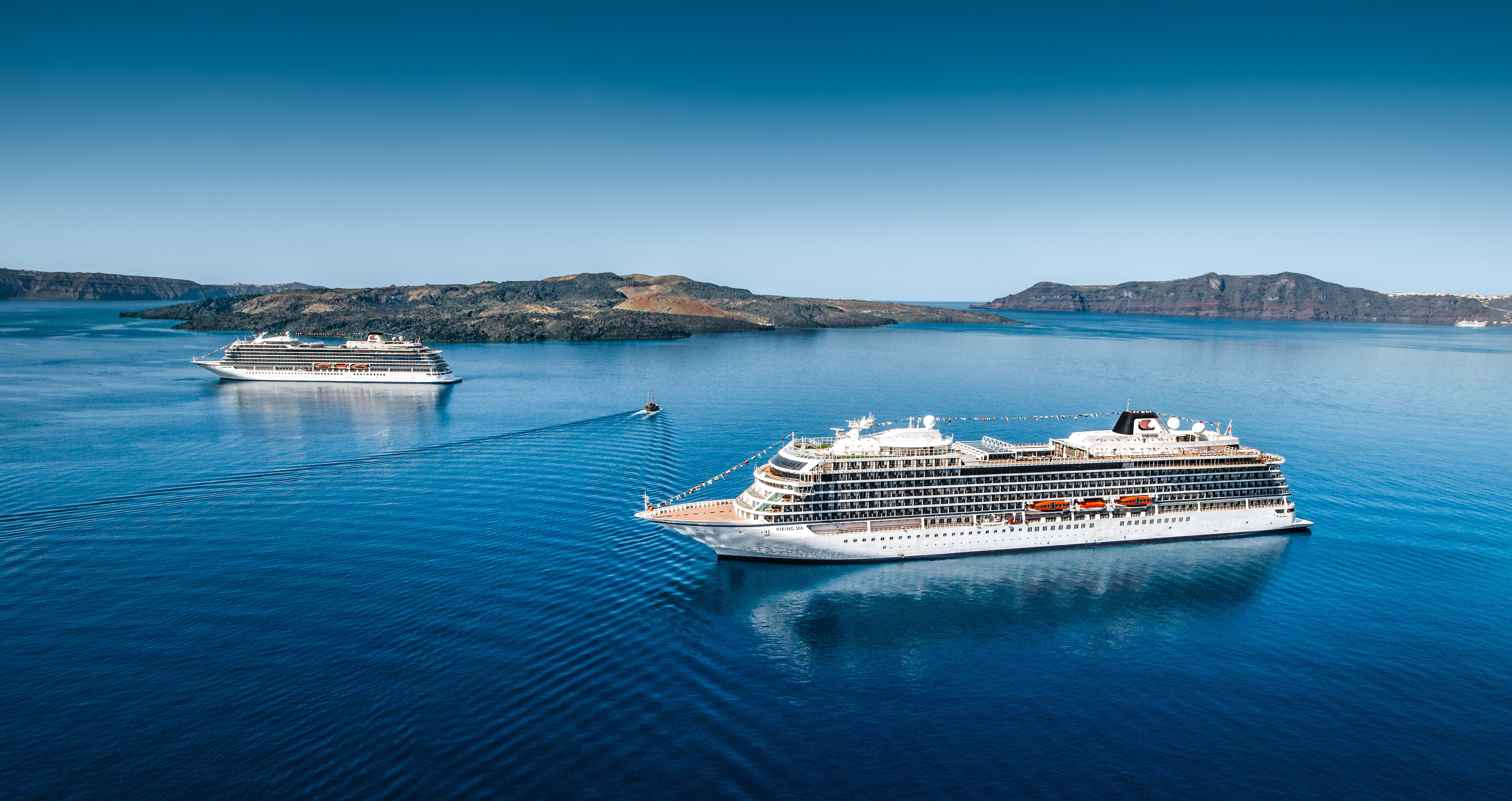 Viking Sea & Viking Star (photo by Viking Cruises)