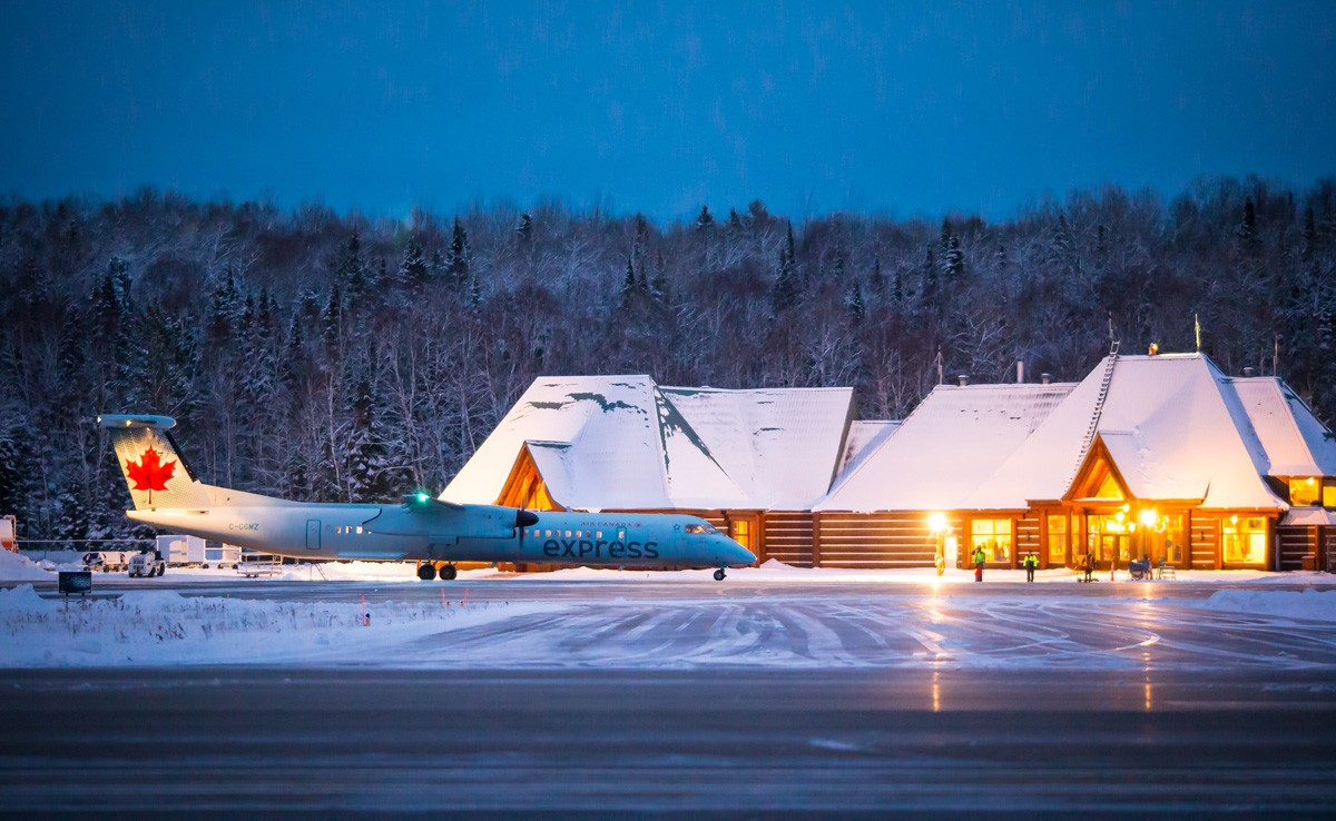 Paxnews Air Canada S Toronto Tremblant Service Resumes