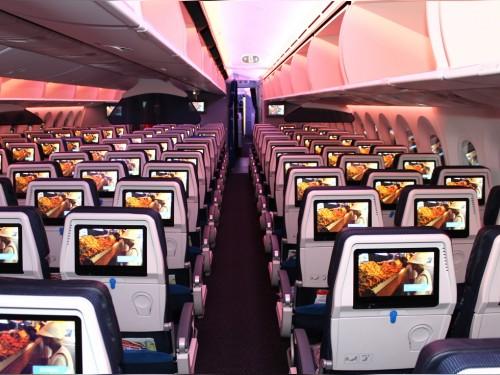 PAX tours KLM's new B787 Dreamliner