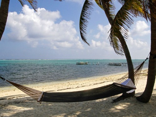 Cayman Islands unveils special rates for travel trade