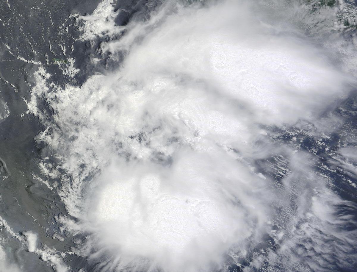 Hurricane Earl weakens to tropical storm following landfall in Belize