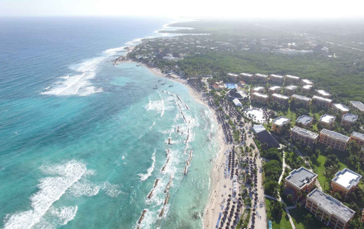 No injuries reported after fire in Mexican resort