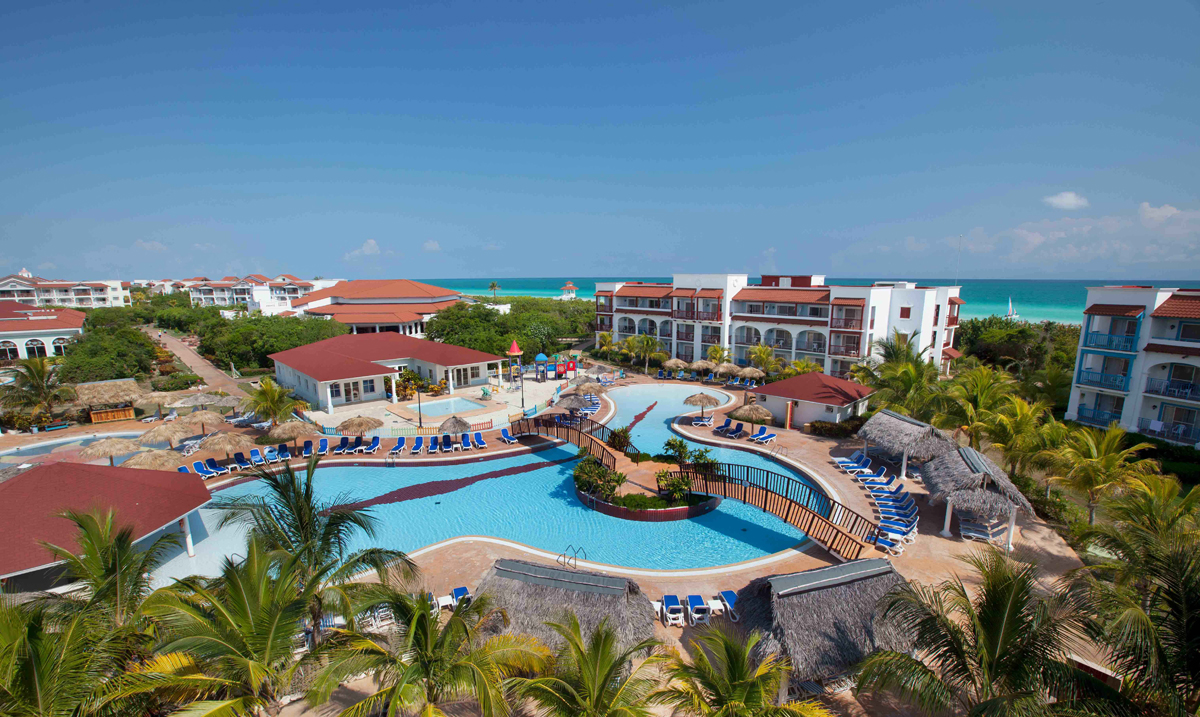 Sunwing adds Grand Memories properties to resort line-up