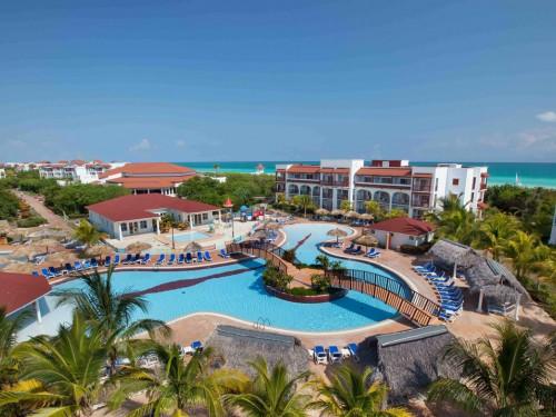 Sunwing adds Grand Memories properties to resort line-up