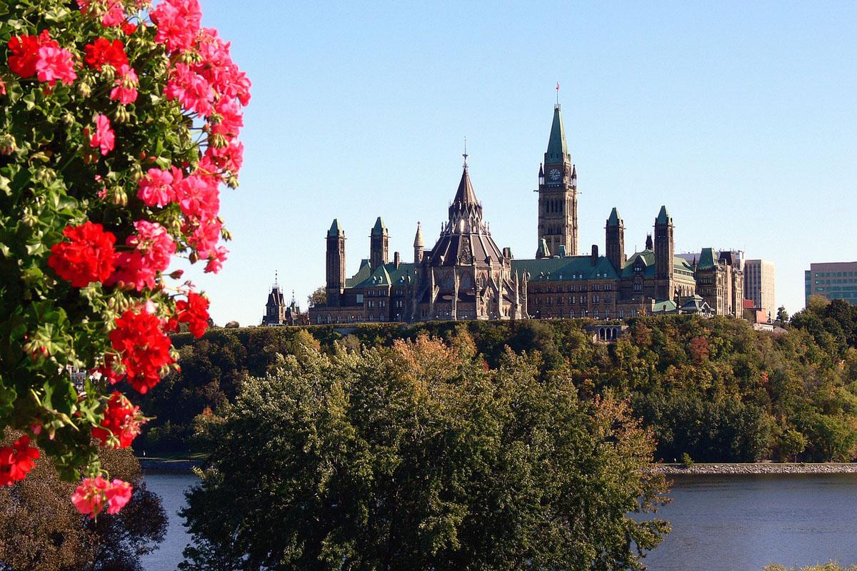 New Trafalgar itinerary celebrates Canada's anniversary