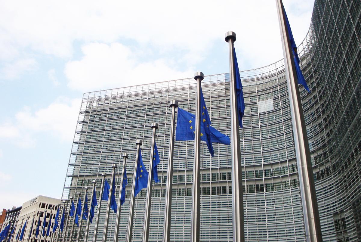 EU mulls visas for U.S. visitors