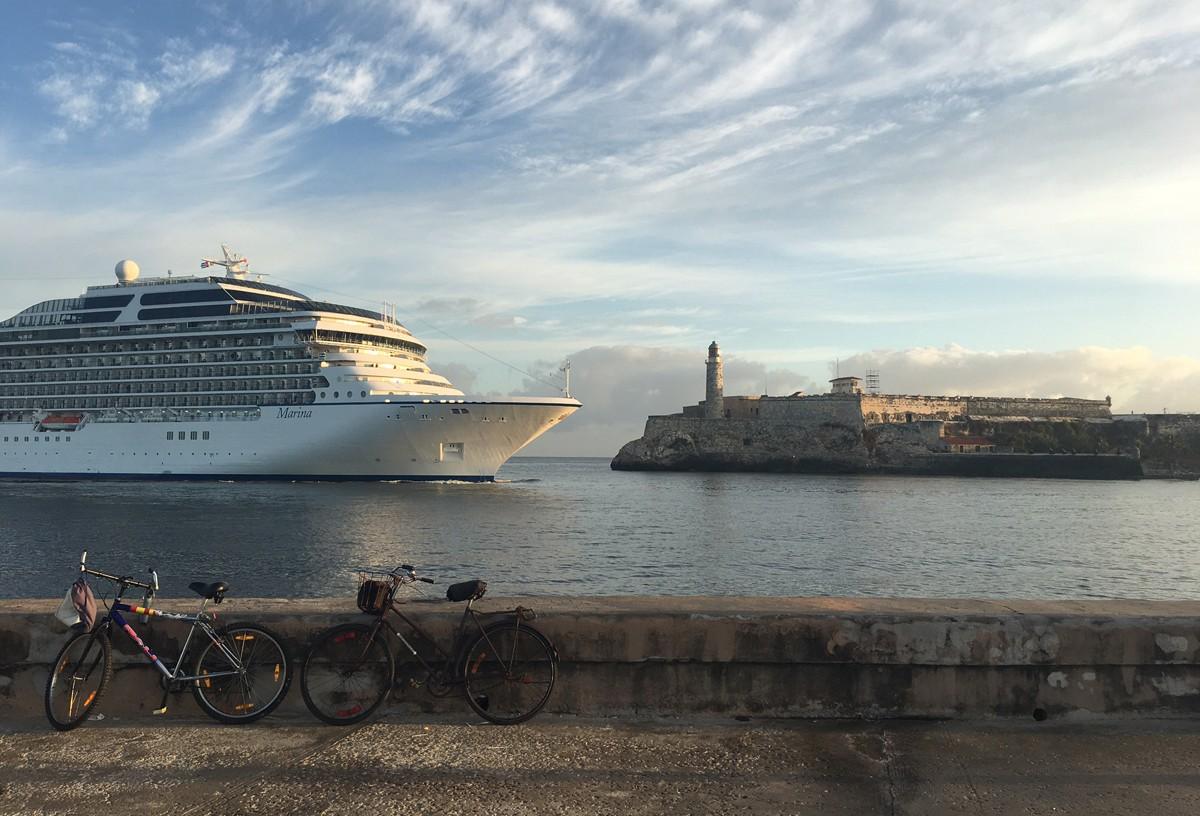 Oceania ship arrives in Cuba
