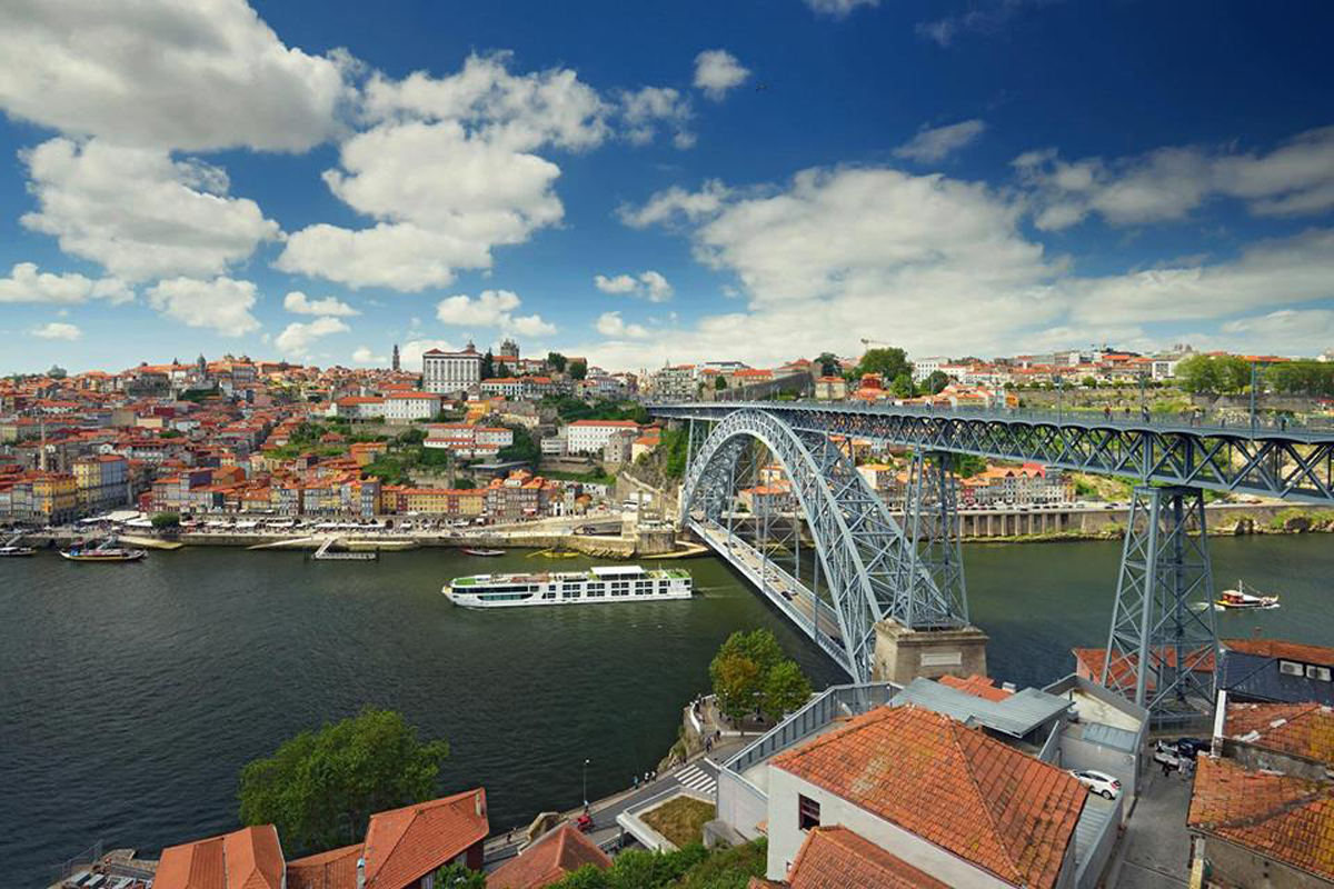 Scenic opens dock in Porto for 2017 sailings