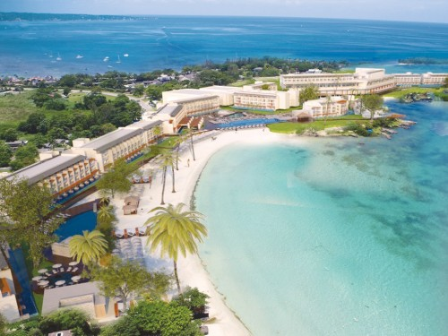 Sunwing now booking Royalton Negril Resort & Spa and Hideaway at Royalton Negril
