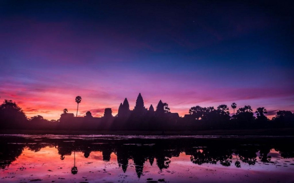Cambodia Angkor Wat Tours & Travel Brochure 2017 / 2018