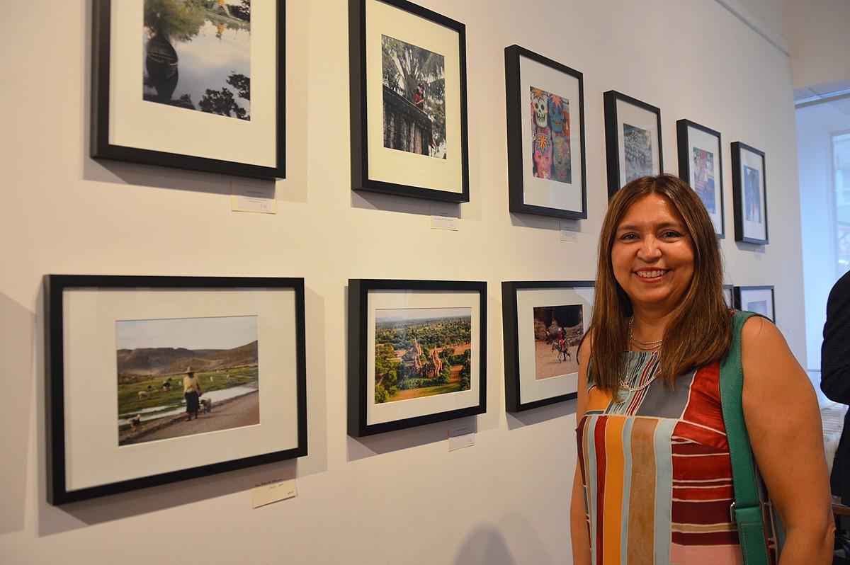 Toronto travel agent puts photo talent on display