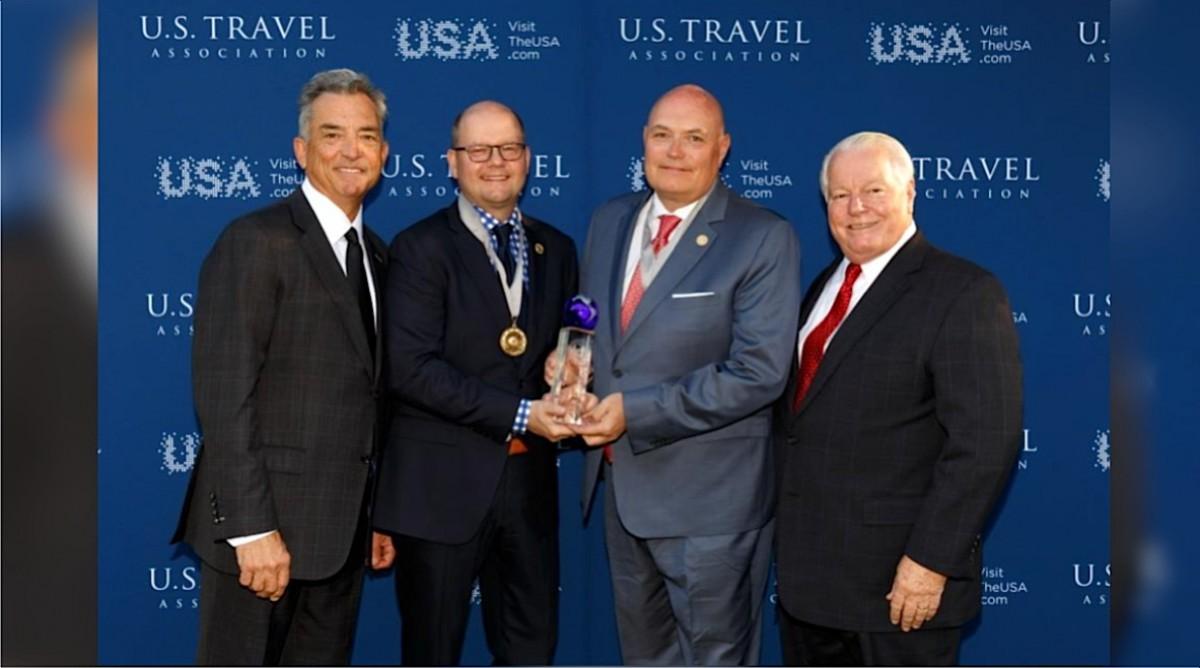 TravelBrands receives Chairman's Circle Honors award