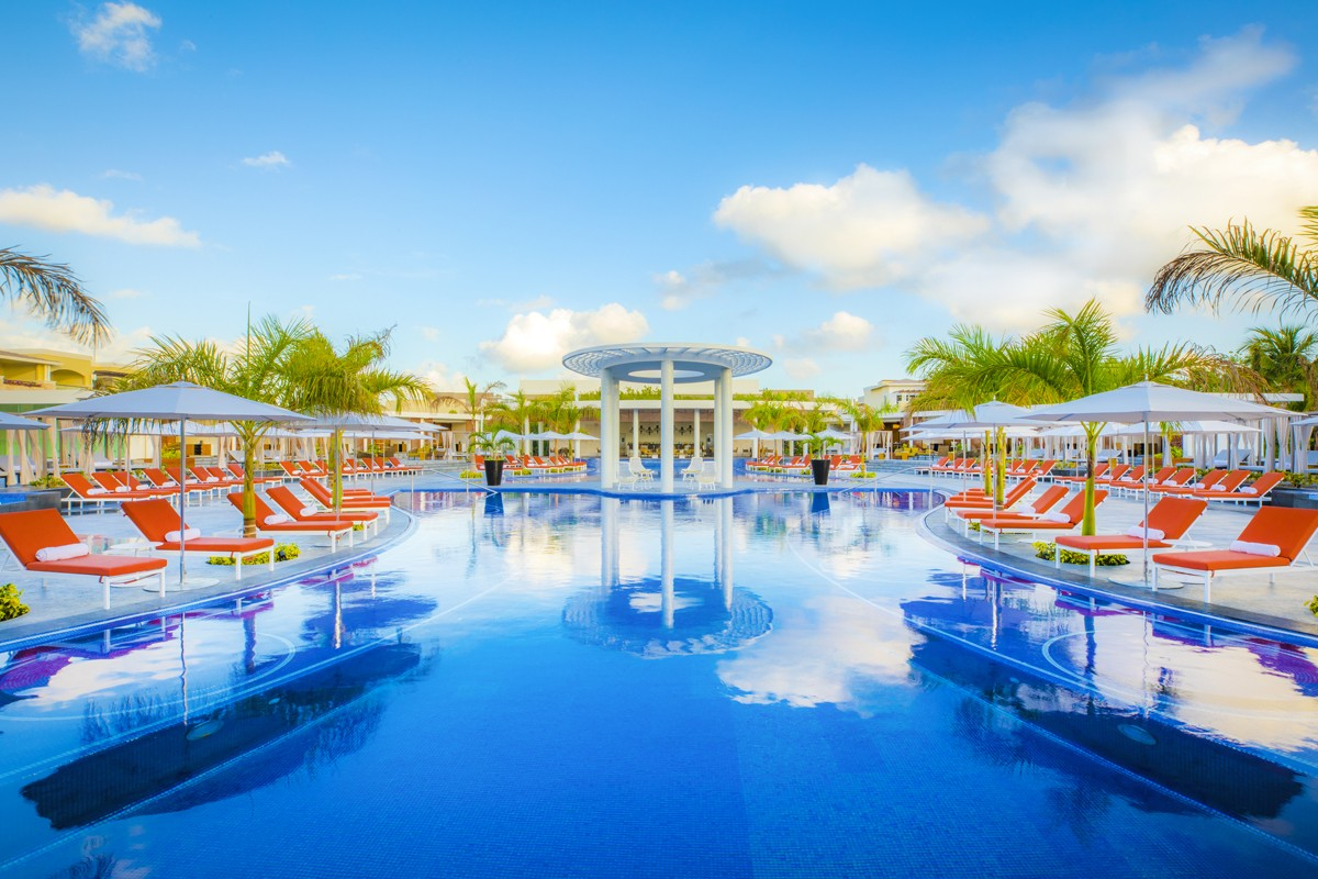Signature Vacations adds Grand at Moon Palace Cancun