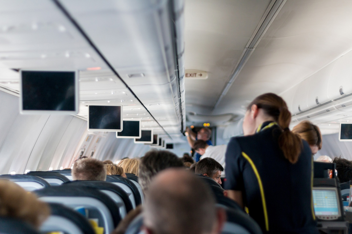 """U.S. FAA to investigate the """"Incredible Shrinking Airline Seat"""""""