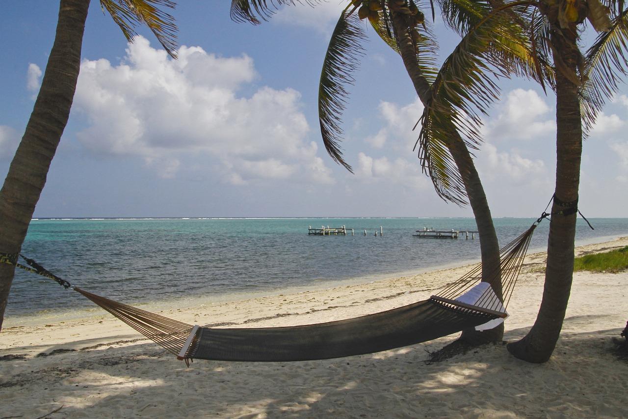 Cayman Islands offers huge travel discounts