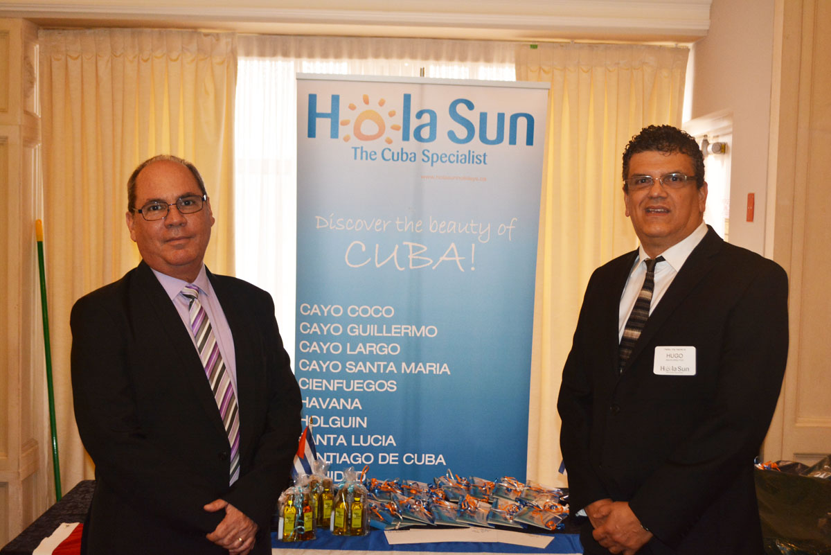Hola Sun toasts agents in Toronto