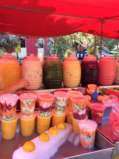 The colours of a Mexican market