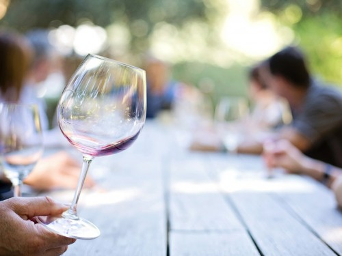 New Zealand's wine & beer scenes toasted with new tours