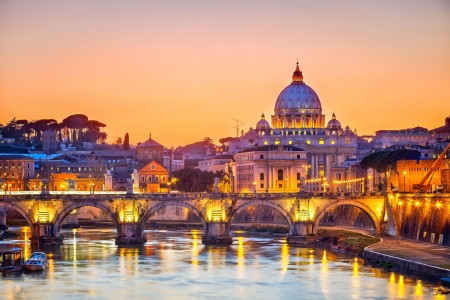 Trafalgar promotes after-hours tours to the Vatican for 2018