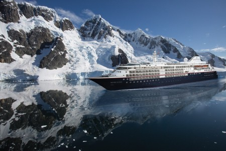 Silversea's Silver Cloud sets sail from Buenos Aires