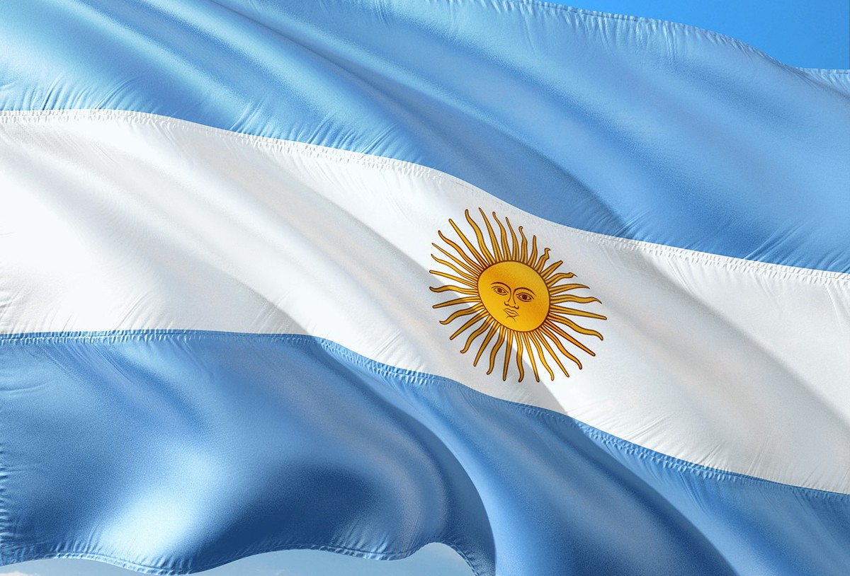 Argentina suspends Canadian reciprocity fee