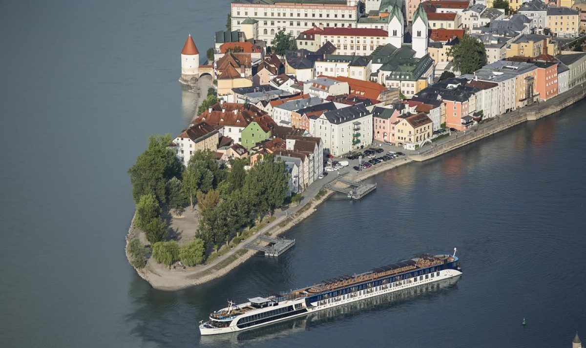 AmaWaterways introduces solo traveller promotion