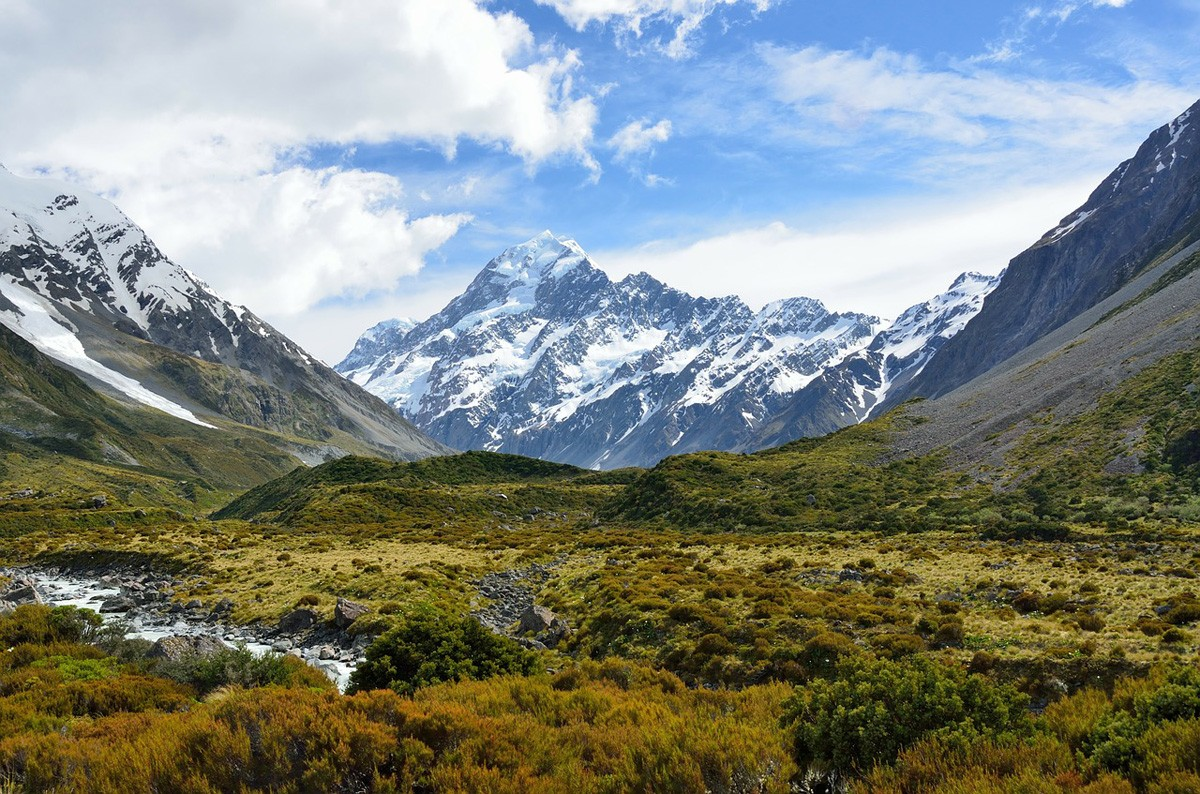 Agents can explore New Zealand with $500 FAM credit