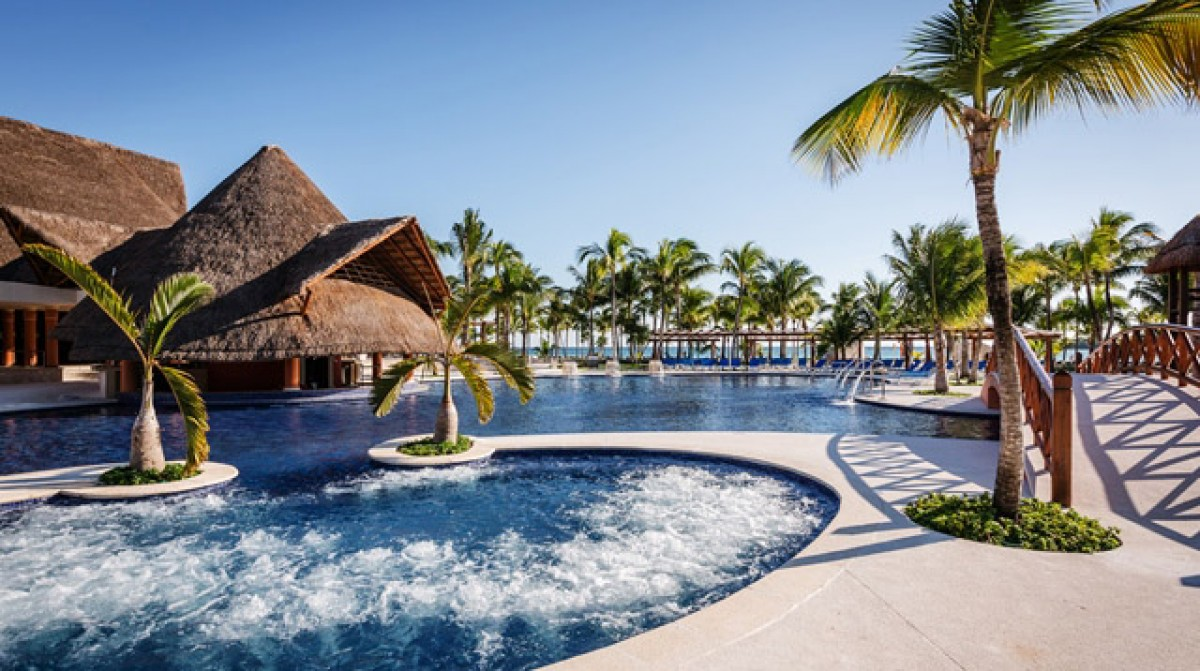 Top marks for Barcelo with latest award