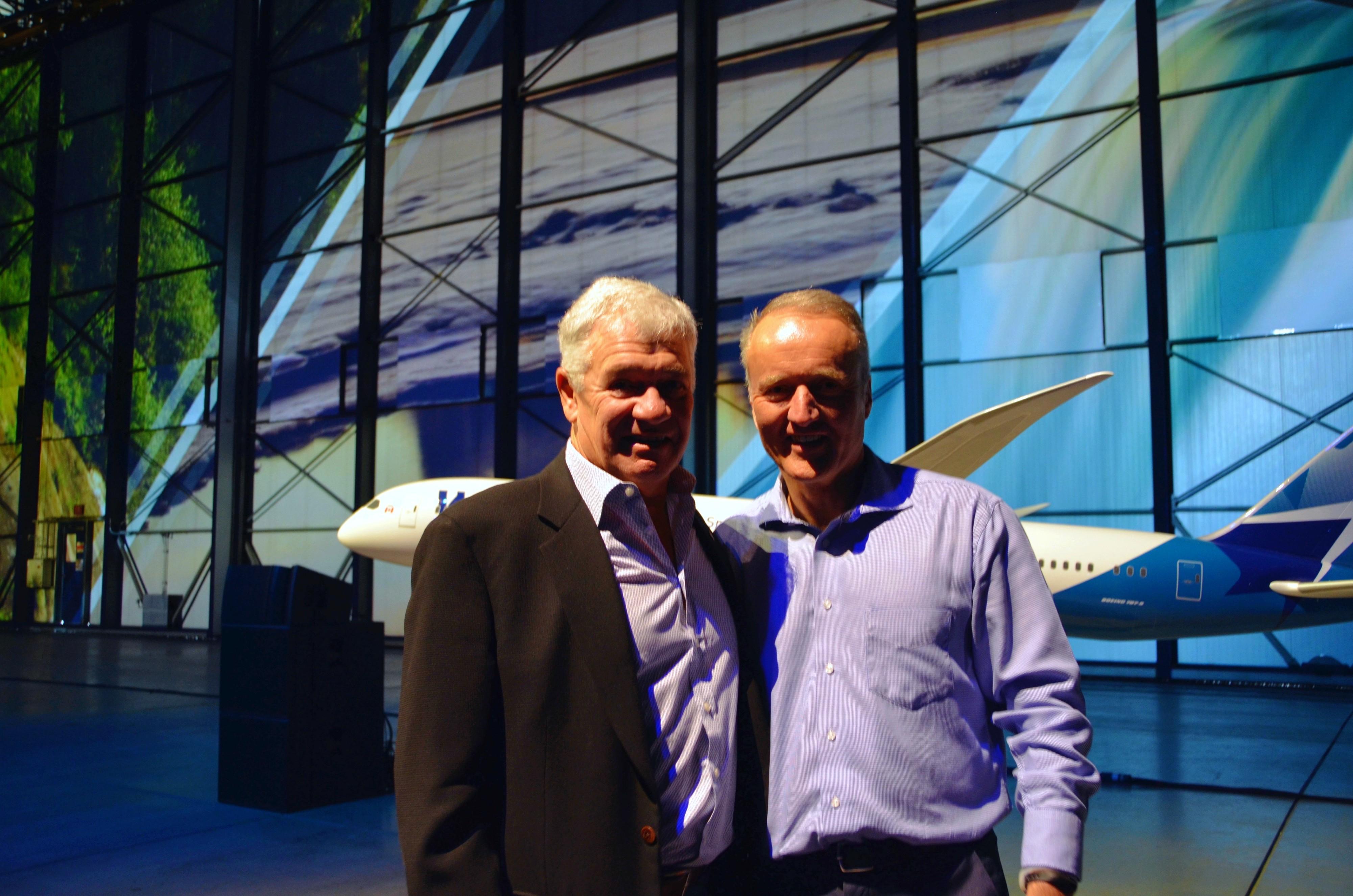 WestJet Dreamliners YYC 7.jpg