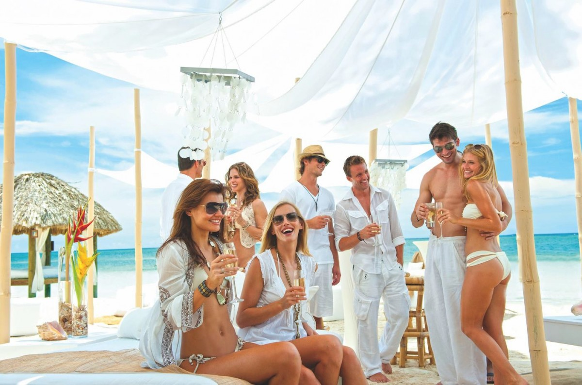 Sandals & Beaches and ACV offer exciting group promo