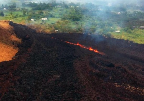 Hawaii's Kīlauea has erupted, but your vacation plans are safe