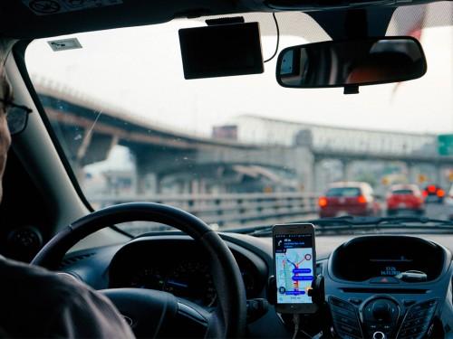 Free GPS rentals on Hertz car rentals through TravelBrands
