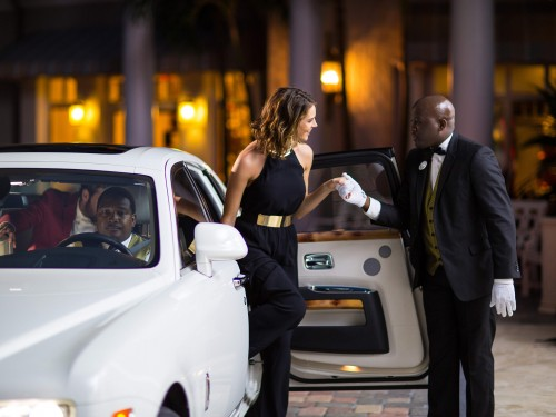 Sandals now offering private airport transfers by luxury car
