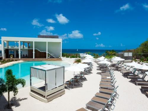 Sunwing returns to St. Maarten in February