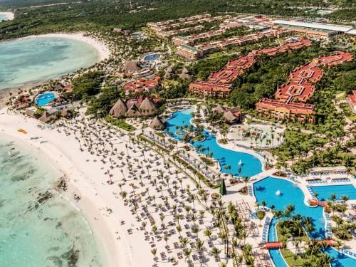 Exploring Barceló's Cancun properties