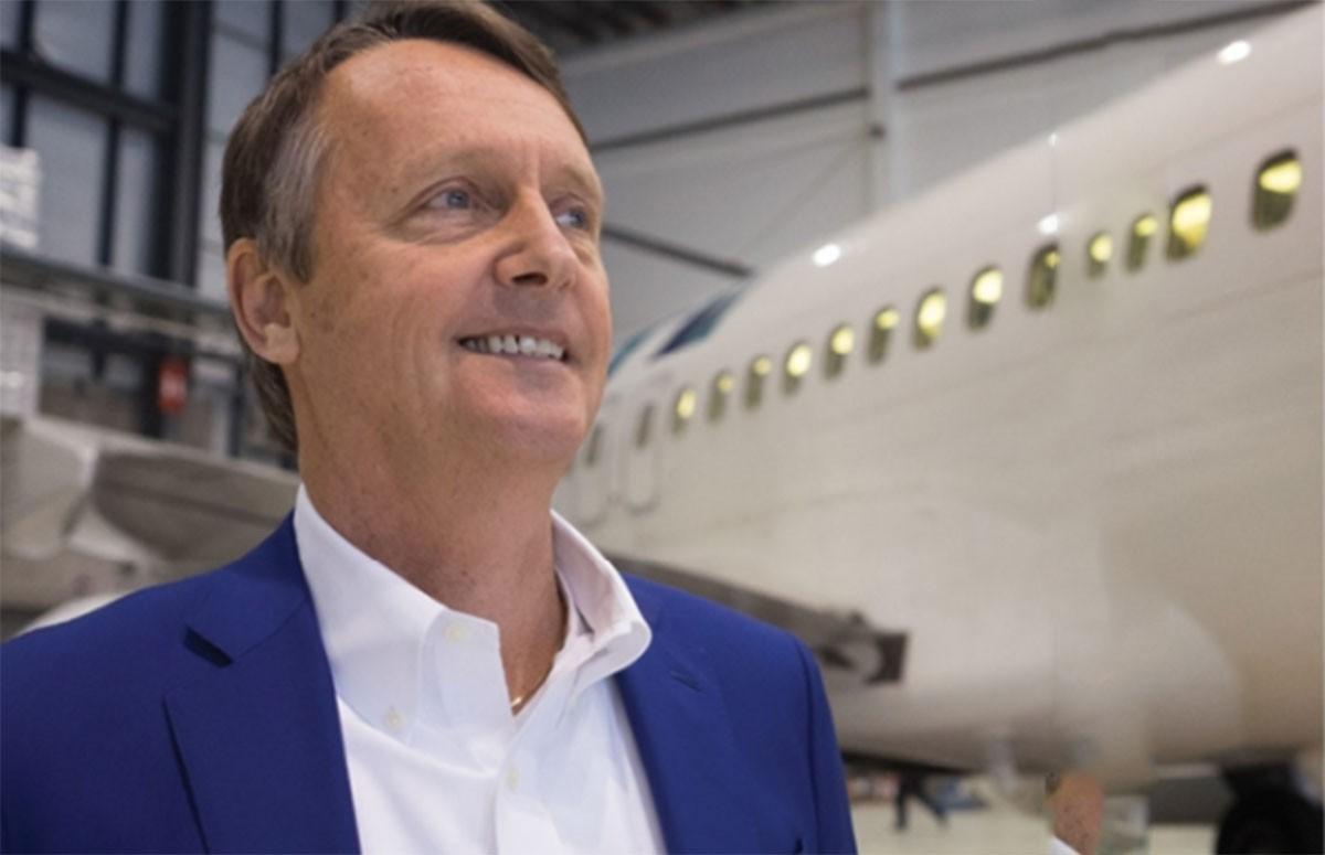 WestJet's VP of Sales, Lyell Farquharson, leaves company