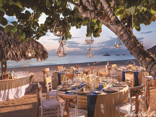 Sandals' Band of Gold wedding experience now available